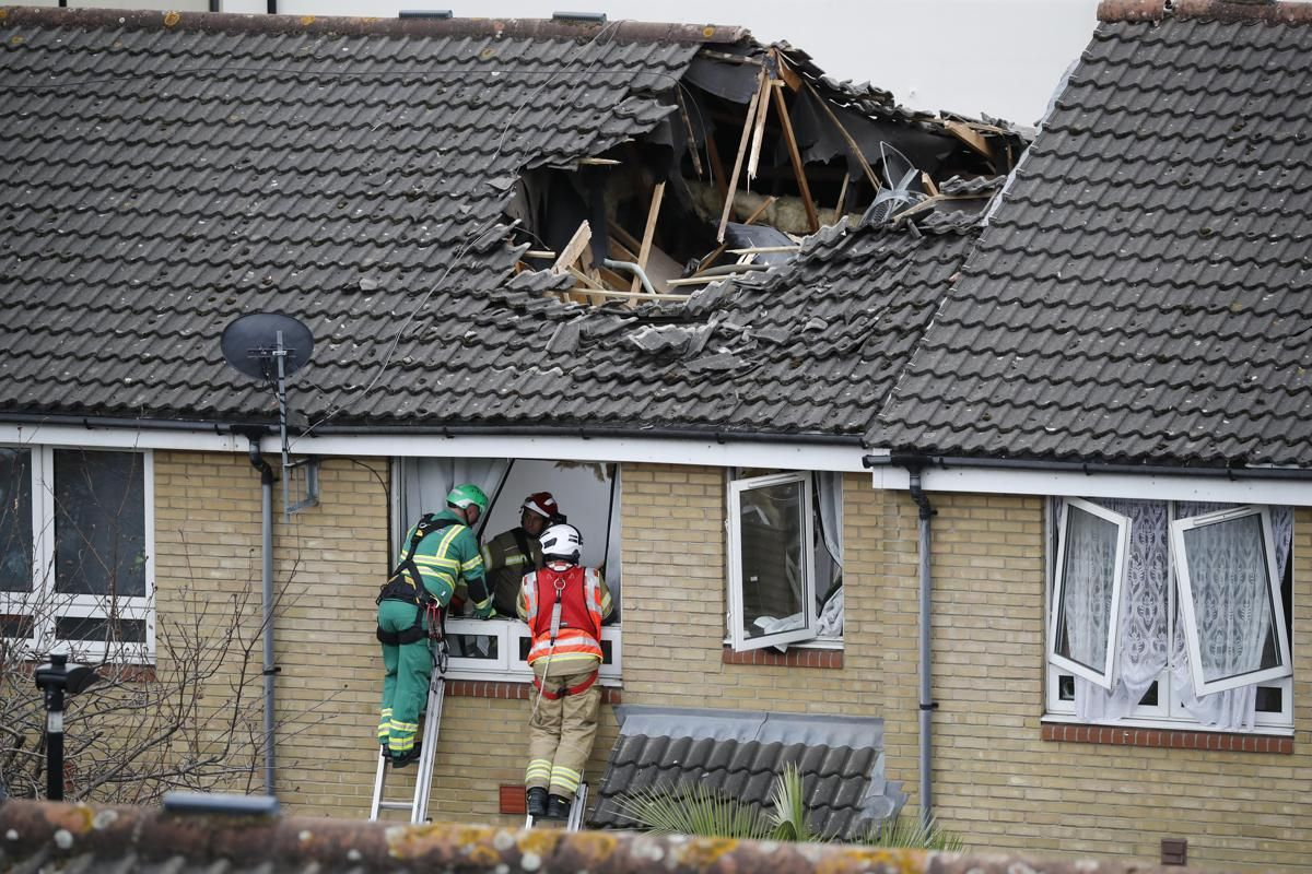 Londra crolla una gru morto 4 feriti