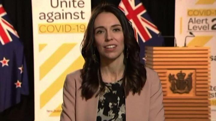 Nuova Zelanda scossa diretta premier è imperturbabile