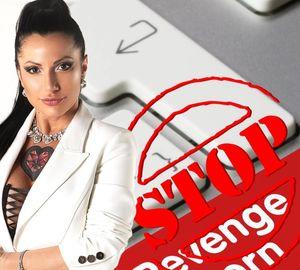 Tina Ciaco,veto per l'attrice hard candidata a Salerno: