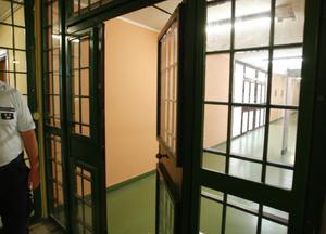 Abusi in carcere, revoca incarico alla direttrice di Santa Maria Capua Vetere