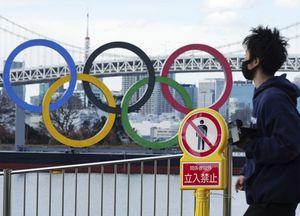Olimpiadi, scherzò sull'Olocausto: licenziato il direttore dell'inaugurazione
