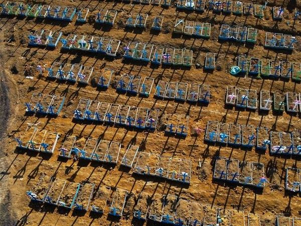 Brasile, 1.641 morti di Covid in 24 ore, mai così tanti