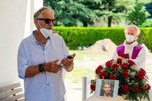 Addio a Maxim Zanella:le lacrime degli amici, il ricordo commosso del papà