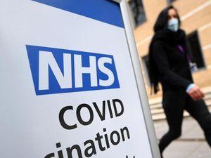 Covid: Gb verso 80% over 16 vaccinati, casi tornano a calare