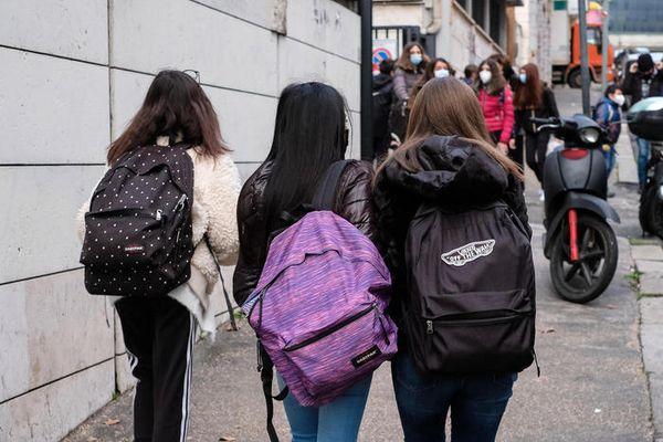 Al via esami terza media, tornano in presenza - Legalità & Scuola