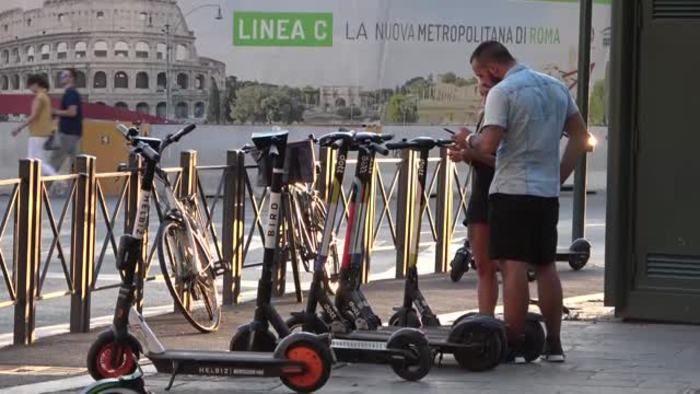 Dalle bici monopattini sharing della capitale
