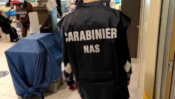 Covid, controlli dei Nas: irregolare un bar d'ospedale su tre - Italia