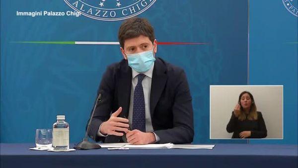 Covid, Speranza: All'aperto meno pericoloso - Italia