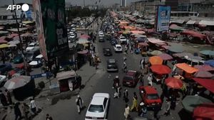 Kabul, la vita quotidiana riprende dopo la presa di potere dei talebani - Mondo