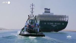 Suez, torna in Asia la nave che cinque mesi fa blocco' il commercio mondiale - Economia