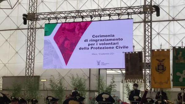 Milano ringrazia la Protezione Civile, Sala: abbiamo un incredibile bisogno di voi - Italia
