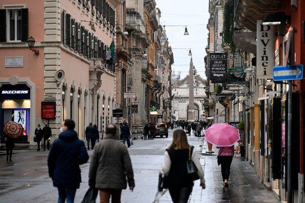 Covid:60 multe in controlli vigili Roma,scoperta altra festa - Primopiano
