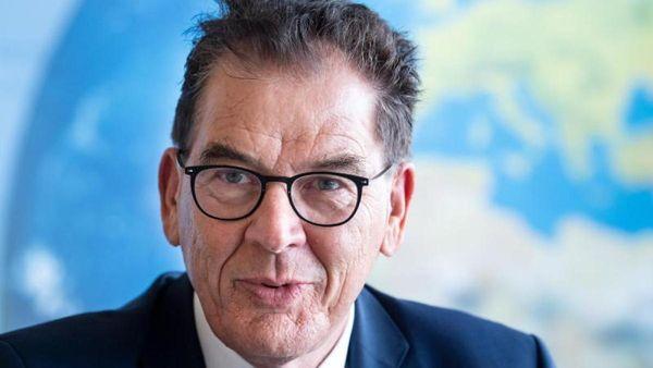 Minister Müller verteidigt Lieferkettengesetz gegen Kritik