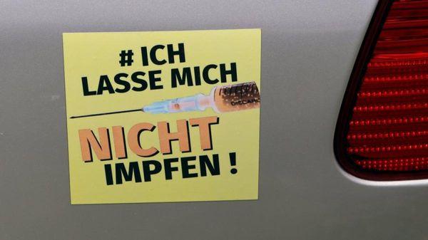 Hunderte demonstrieren in Augsburg gegen Corona-Maßnahmen