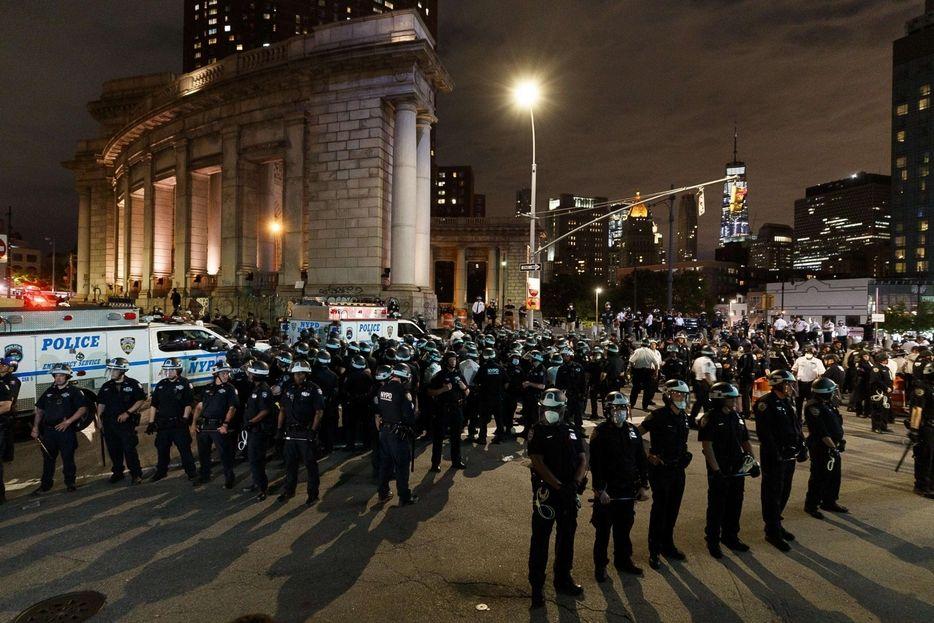 Usa Non ferma protesta centinaia arresti Sfila deputato repubblicano