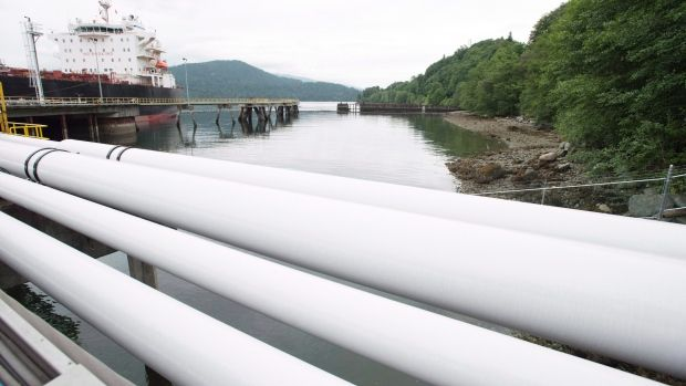 Kinder Morgan revenue falls for ninth straight quarter on lower oil and gas volumes - Article - BNN
