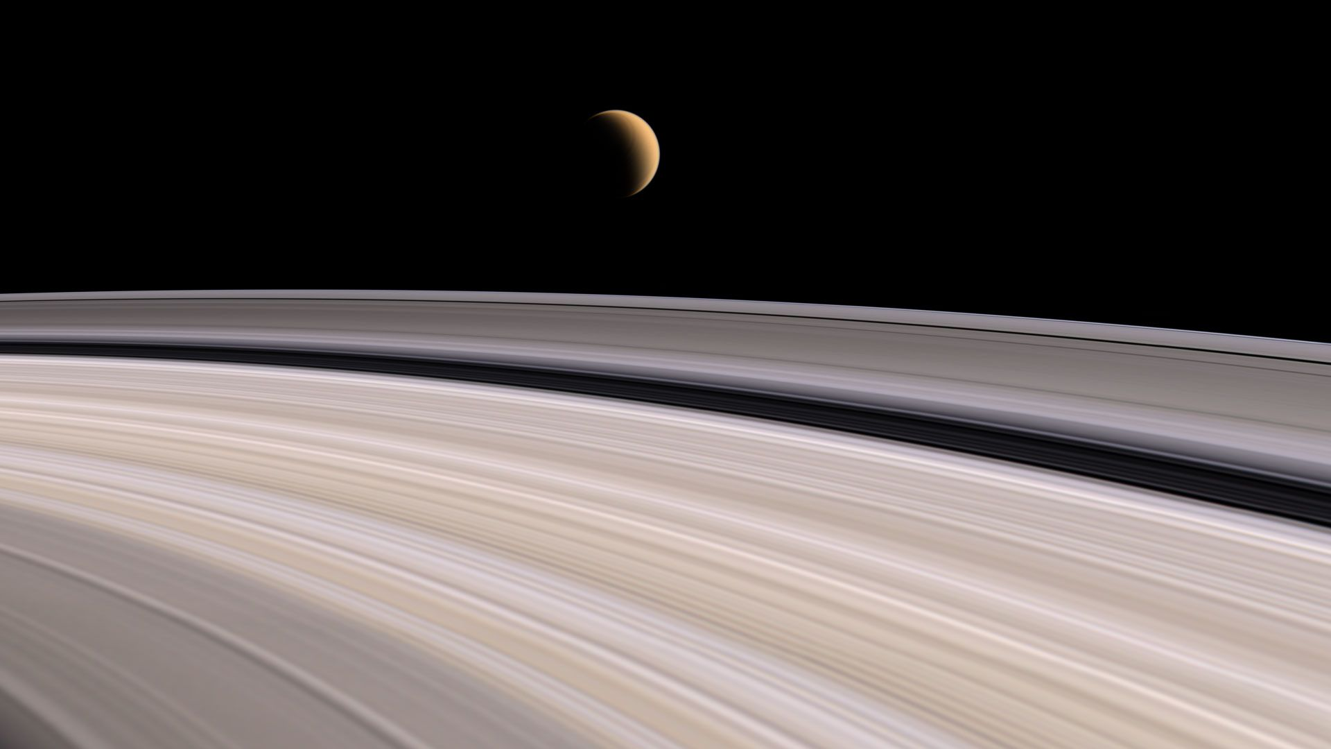 [Image: saturn-fly-ring-1.jpg]