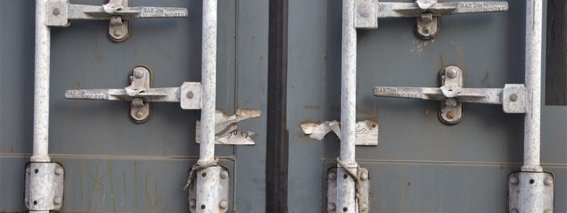 4 Tips to Maintaining Your Shipping Container