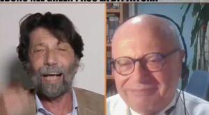 Galli ride durante lo scontro in tv con Cacciari sullo stato di emergenza: ira del web