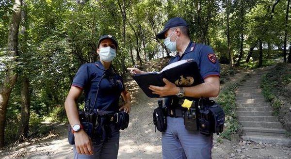 Milano, donna stuprata al parco: preso il violentatore del Monte Sella