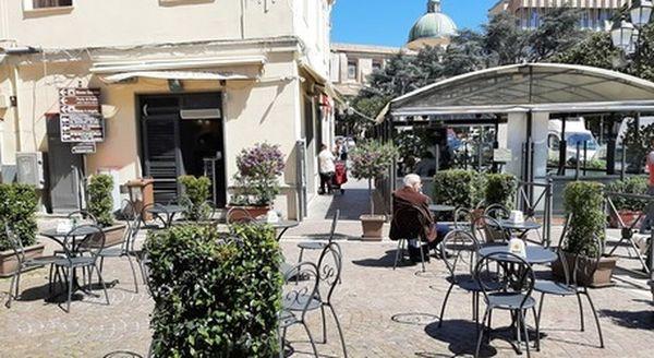 Zona gialla, Calabria a rischio da lunedì (insieme alla Sicilia): ancora salva la Sardegna, dati in rialzo nelle Marche