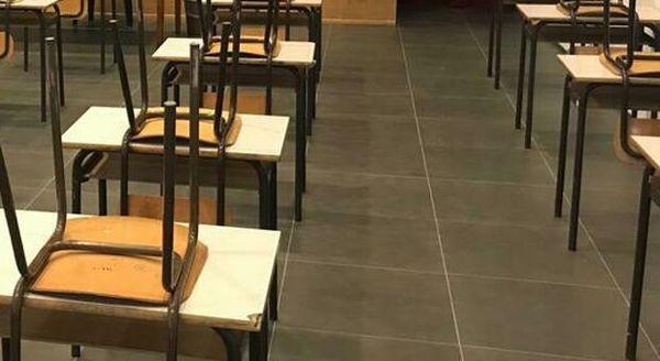 Il contagio corre tra giovani di 14-18 anni: in provincia 257 classi in quarantena Covid