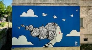 """Mondolfo museo open air, """"Galleria Senza Soffitto"""" con le cinque grandi fotografie di Giacomelli si arricchisce di tre nuovi murales"""