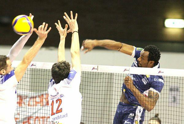 Volley Superlega, il tour de force Consar comincia da Milano