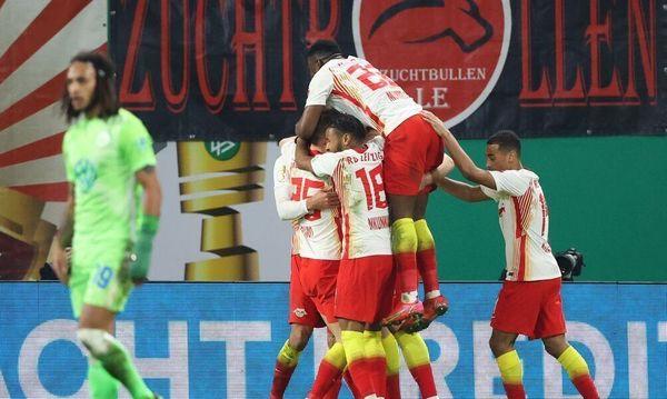 22:44 Leipzig im Halbfinale - Poulsen und Hwang treffen gegen VfL