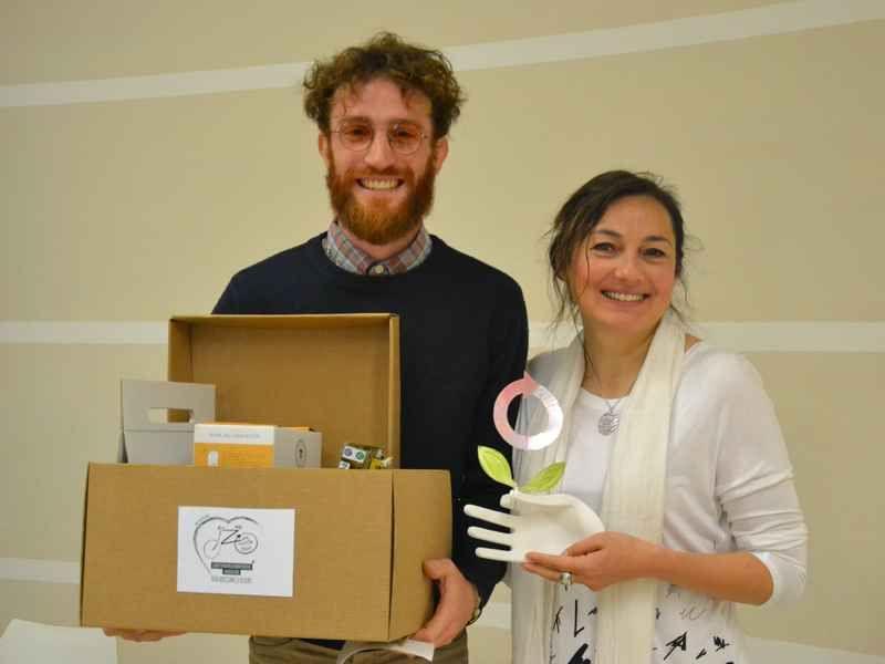 Zero Waste Italy: premio alla bioplastica di canapa - DolceVita
