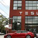"""""""Tesla - najvrednija američka automobilska kompanija u istoriji"""
