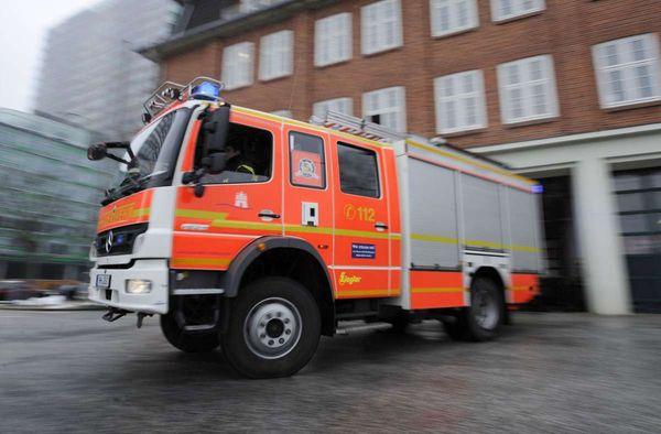 Brand in Denkendorf: Restmüllcontainer fängt Feuer - Esslinger Zeitung