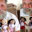 Маж создава плетени кукли со витилиго за да им ја ...