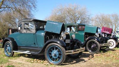 Wellsford/Warkworth Vintage Car Club Swapmeet