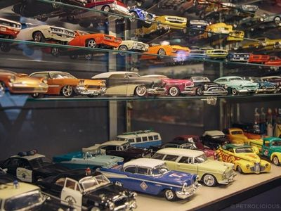 Die-cast Collectables