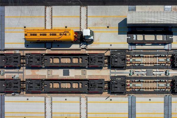 Jocketaer Firma baut an Cargo-Terminal in Frankreich mit   Freie Presse - Plauen