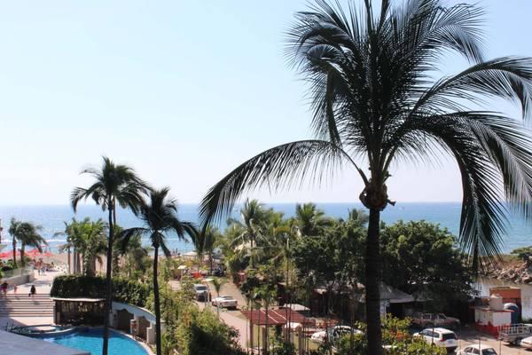 Beautiful view from Grand Venetian Beachfront condo