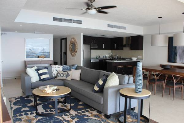 Condo at Grand Venetian on floor 18th on tower 3000