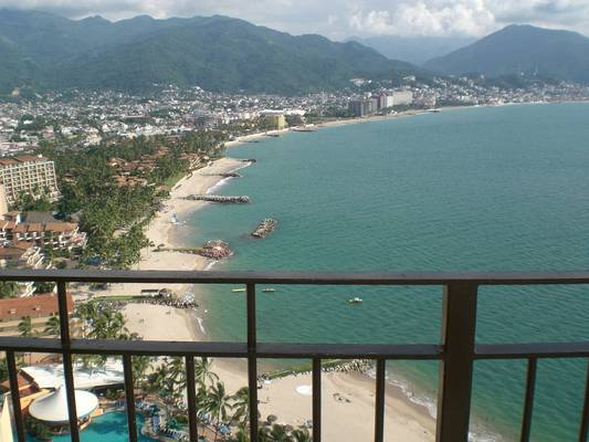 Impressive and never-tiring views of the Puerto Vallarta bay