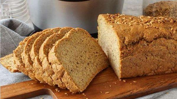 Abnehmen mit Low-Carb-Brot ohne Mehl: Dieses Brot macht lange satt und geht schnell
