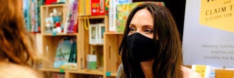Angelina Jolie: Gençler bana ilham veriyor