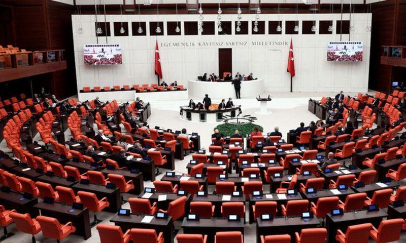 Vergi kanunları düzenlemesi Meclis'te kabul edildi