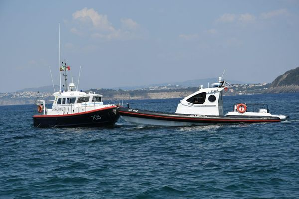 Mare sicuro. Controlli da parte dei Carabinieri tra Ischia e Procida