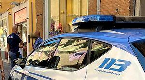 Violenta amichetta 12enne della figlia, calci e pugni dai familiari della vittima e poi l'arresto