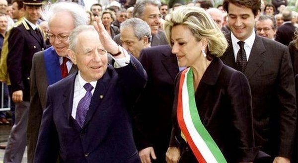 Rossana Di Bello morta di Covid: l'ex sindaco di Taranto aveva 64 anni, in rianimazione da giorni