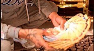 Casamonica, oro e contanti nelle stories: la follia social su TikTok e Instagram