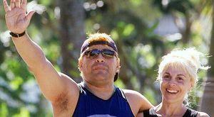 Maradona e le 14 accuse all'ex moglie Claudia: «Mi ha tradito e derubato»