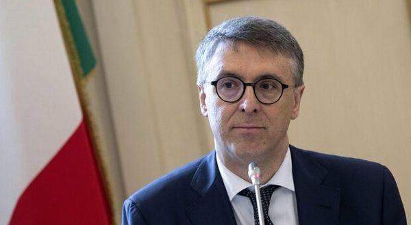 Paura per Cantone, l'ex presidente Anac colpito da ischemia nel Napoletano