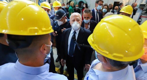 Regione Campania assunti primi 2 500 giovani «Così diamo nuove prospettive vita»