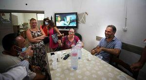 Comunali a Napoli. La rincorsa di Maresca il «magistrato scugnizzo» tra selfie, ambiente e tifo azzurro